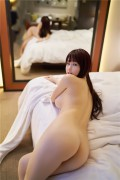 美女美裸体